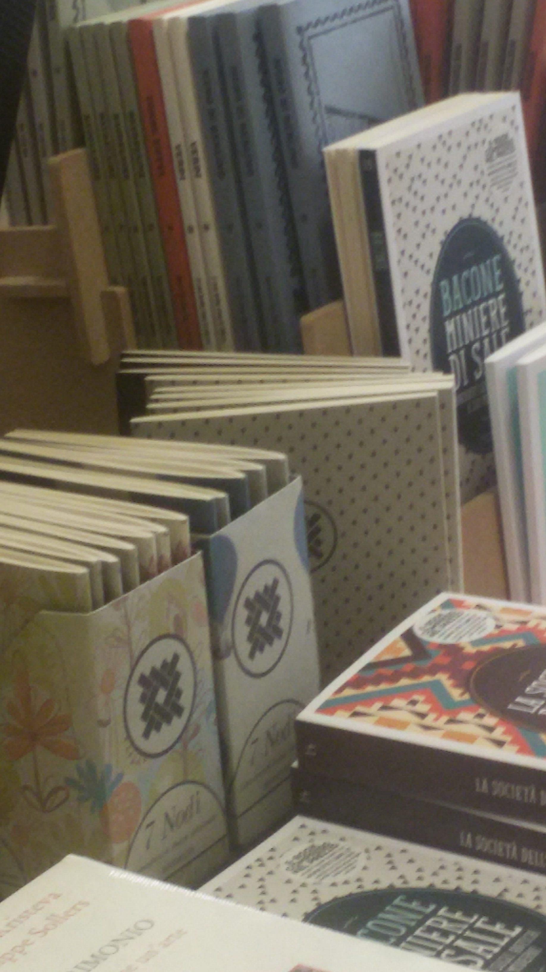 Quaderni 7 Nodi presso la libreria Assaggi (S. Lorenzo Roma)